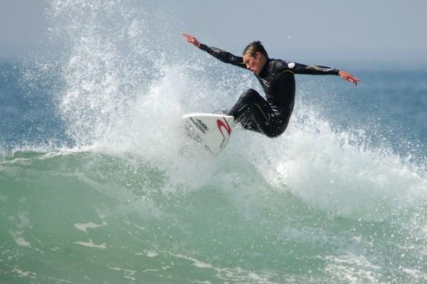 Surf Plus Magazine